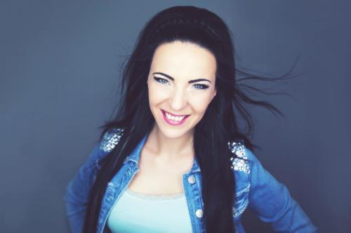 Claudia-Kurver-Promo3